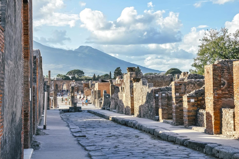 Skip-the-Line Mount Vesuvius & Pompeii Tour
