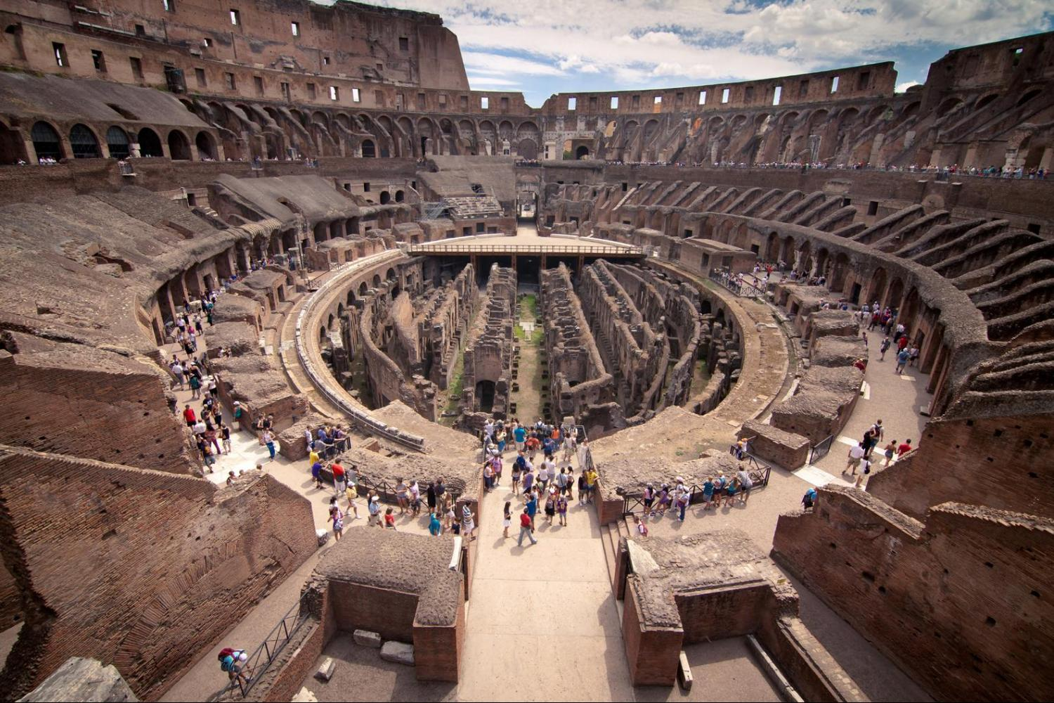 Small Group Colosseum, Roman Forum and Palatine Hill with pick up or meeting point