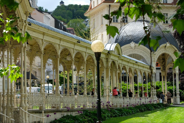Private Karlovy Vary & Spa Carlsbad Tour From Prague