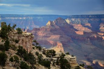 Gray Line Grand Canyon South Rim Tour by Luxury Limo Van From Las Vegas