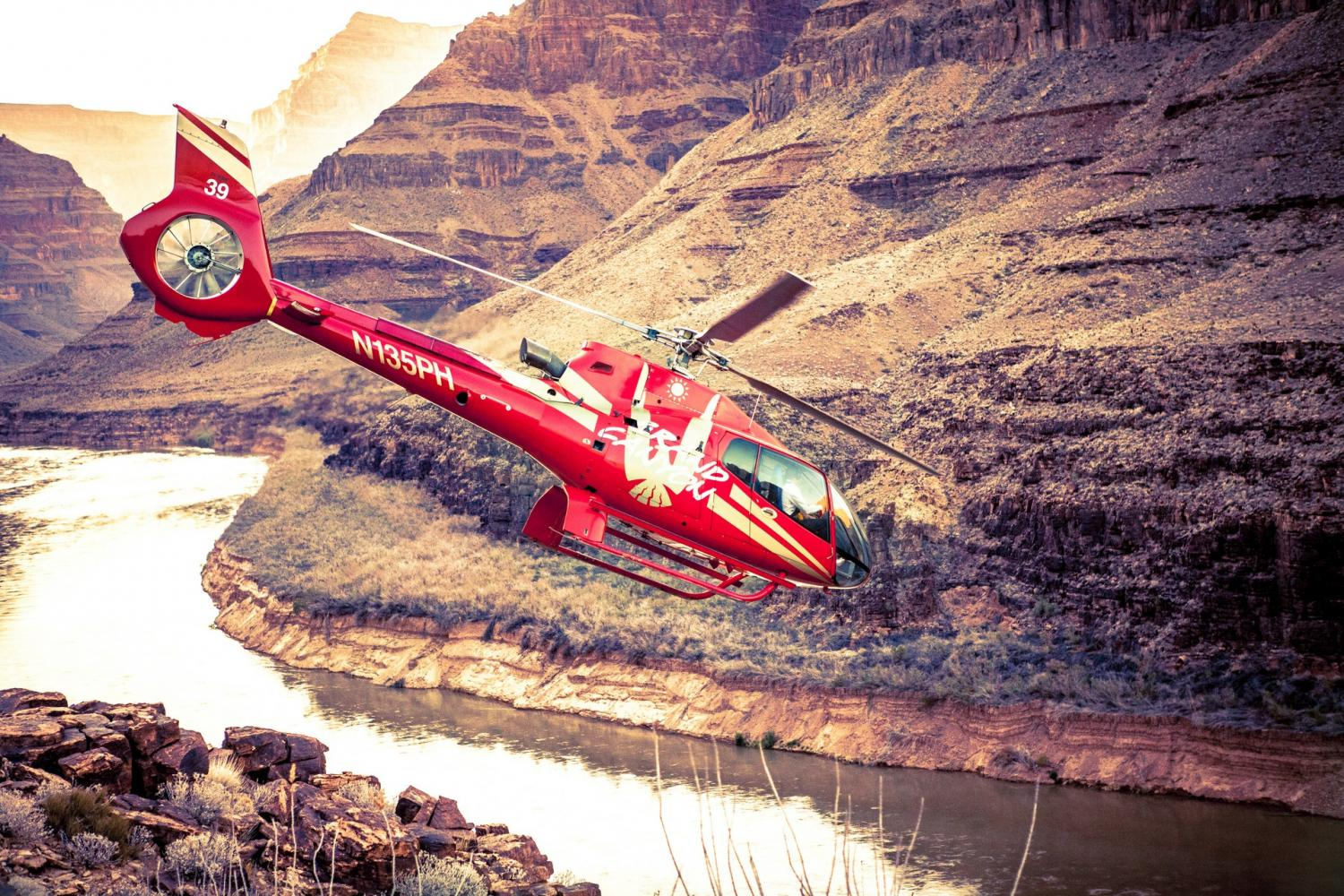 Grand Canyon South Rim Bus Tours with Helicopter Ride