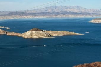 Gray Line Lake Mead Dinner Cruise