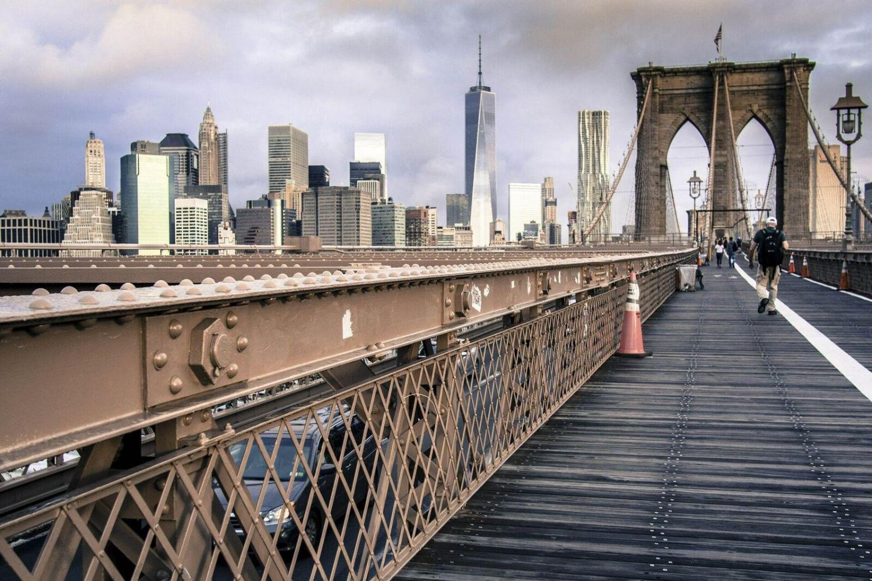 Get snappy at the Brooklyn Bridge