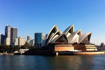 Gray Line Sydney Opera House & City Tour Combo