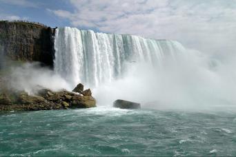 Gray Line Niagara Falls Day Tour From Toronto
