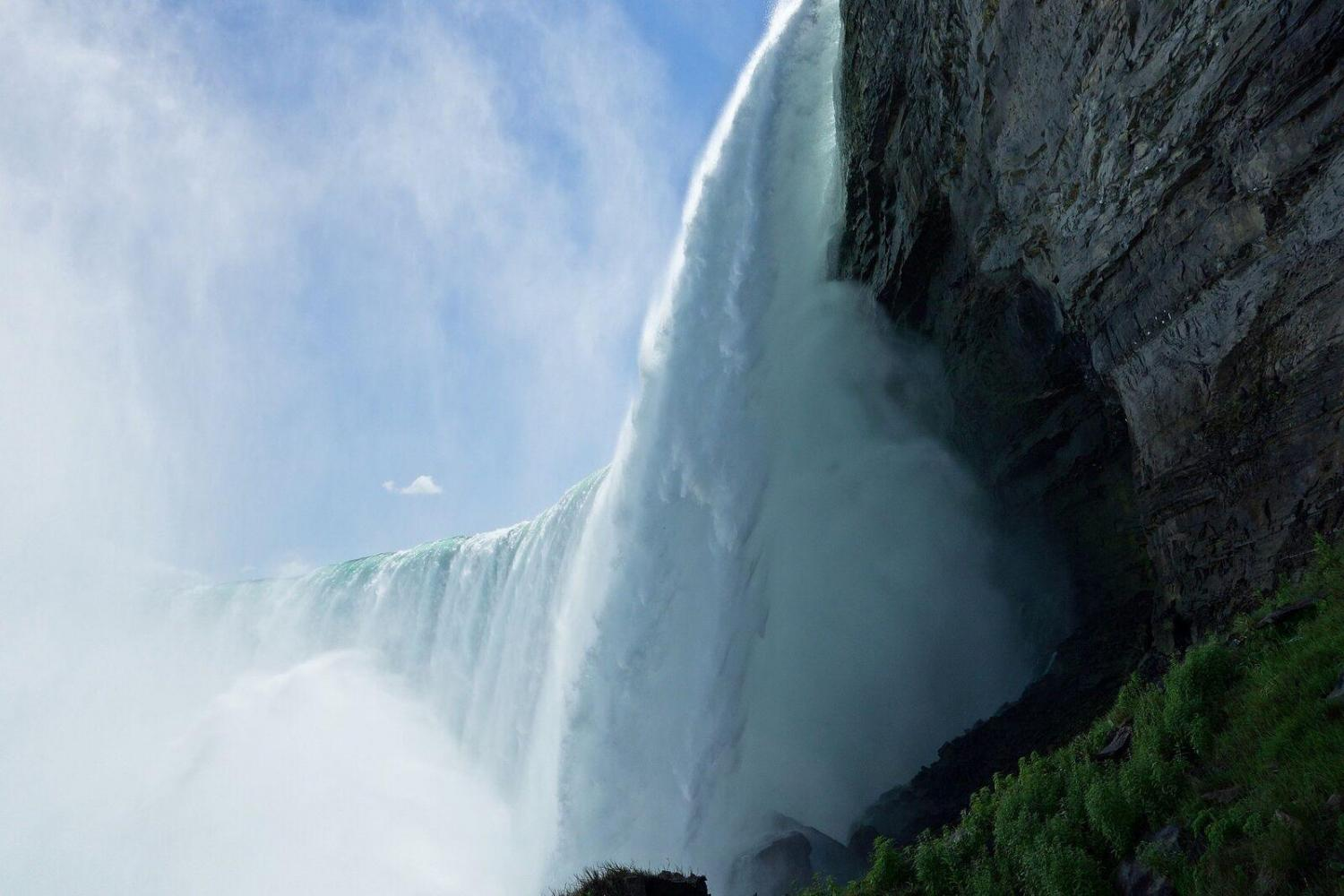 Niagara Falls Freedom Tour From Toronto
