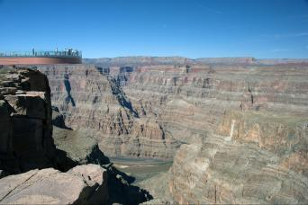 Gray Line Grand Canyon West Rim by Luxury Limo Van w/Helicopter, Pontoon, and Skywalk Tickets