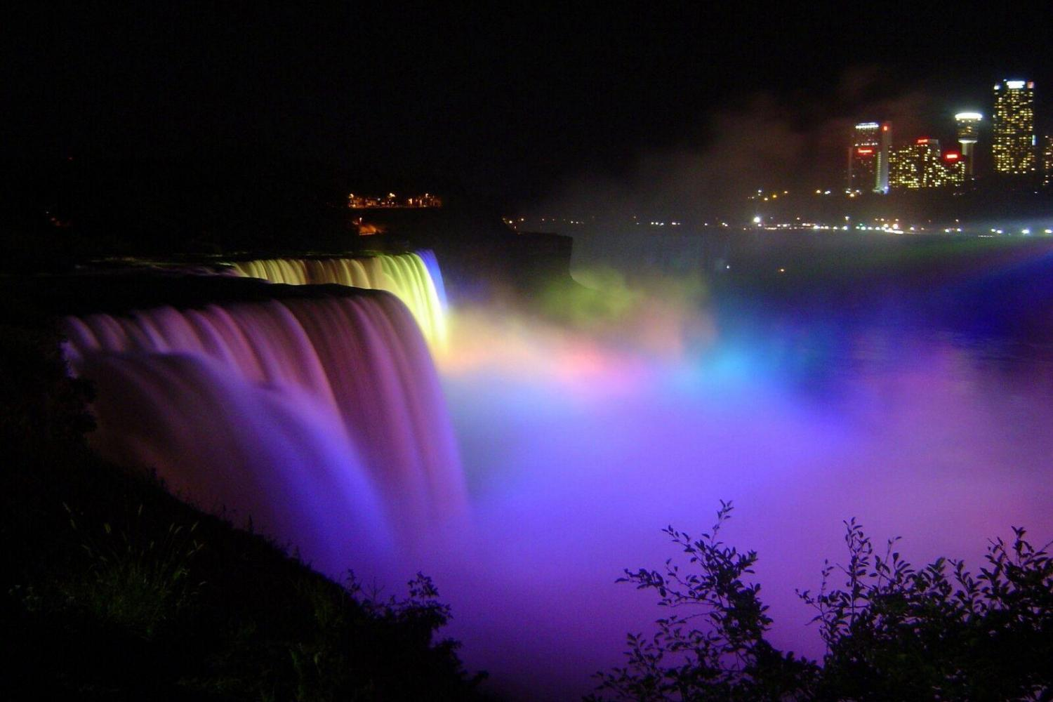 See the beautiful vibrant colors that light up the spectacular Niagara Falls!