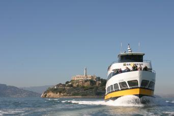 Gray Line San Francisco City Tour & Bay Cruise Around Alcatraz