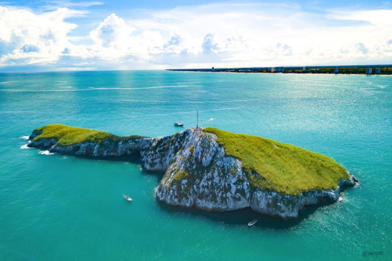 Farallon Island Panama @jerryfit