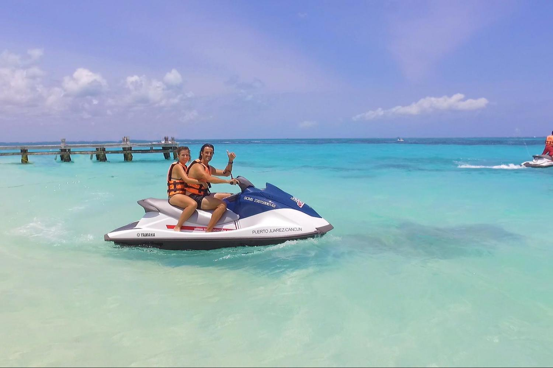WaveRunner ScubaCaribe Cancun Mexico
