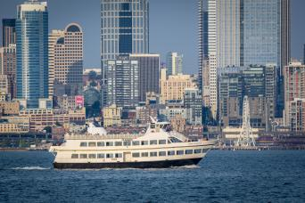 Hop On Hop Off Seattle & Harbor Cruise