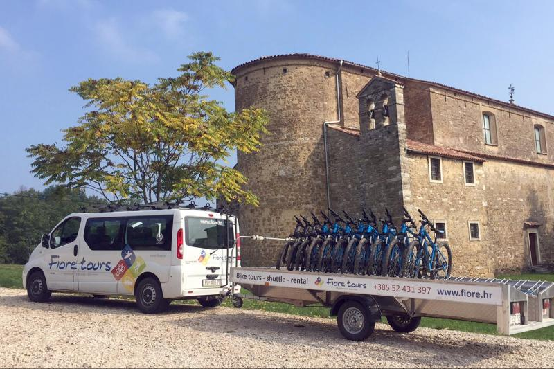 Istrian gourmet adventure by bike and kayak