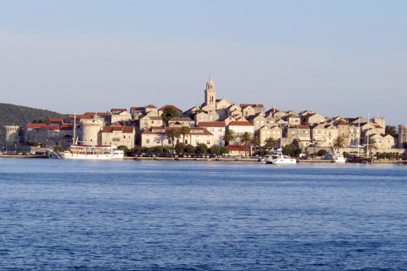 Island hoping walking tour Split to Dubrovnik