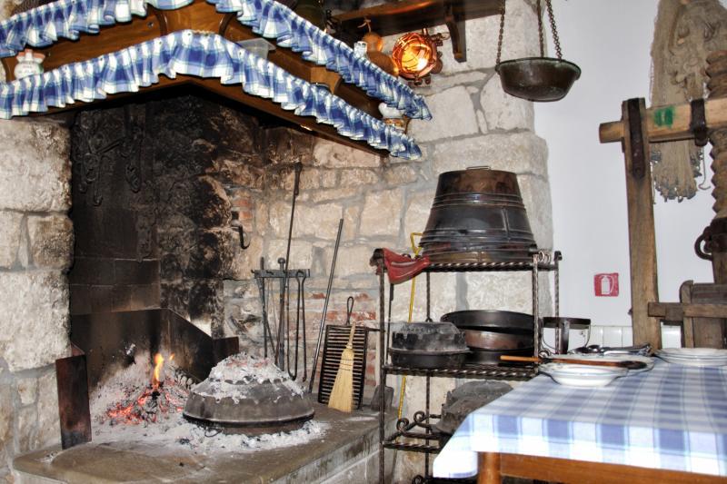 Visit hidden medieval hilltop towns