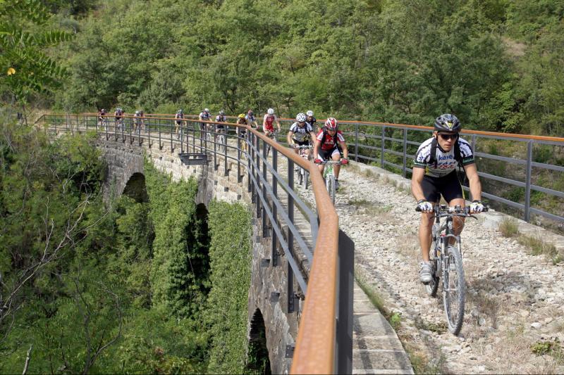 Bicikliranje starom prugom - Parenzana