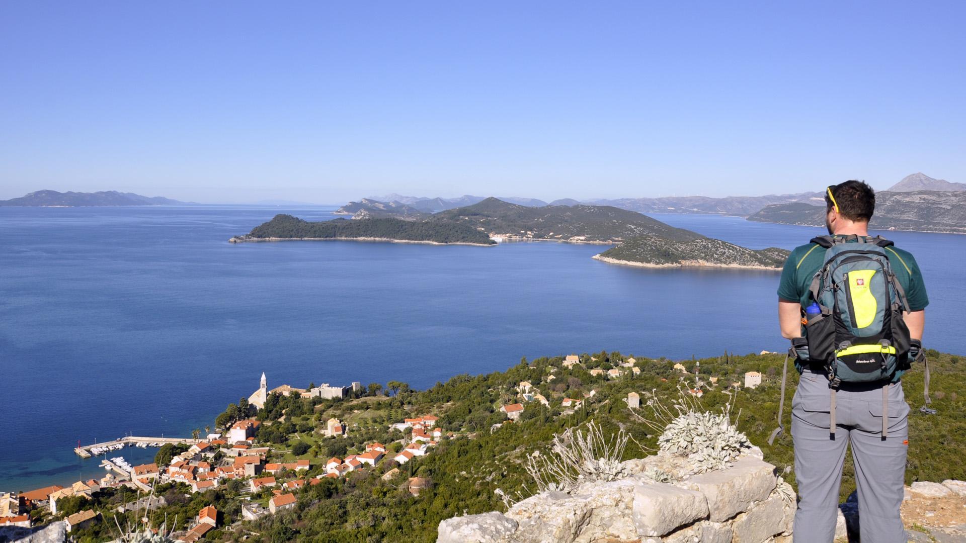 Pješačenje otocima od Splita do Dubrovnika