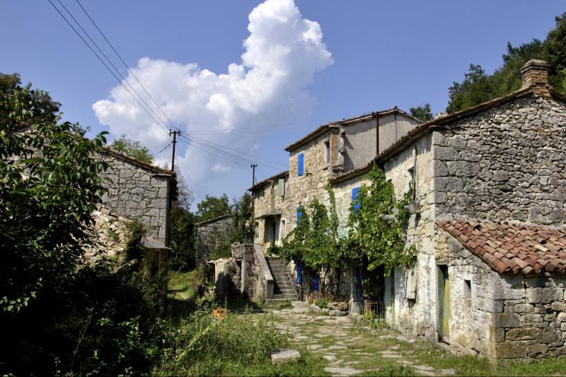 Hum, Buzet, Istra