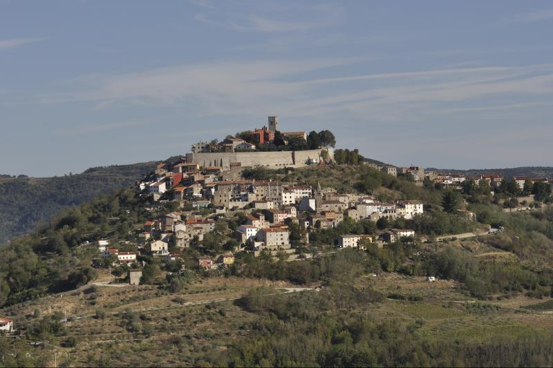 Posjet istarskim srednjovjekovnim gradićima