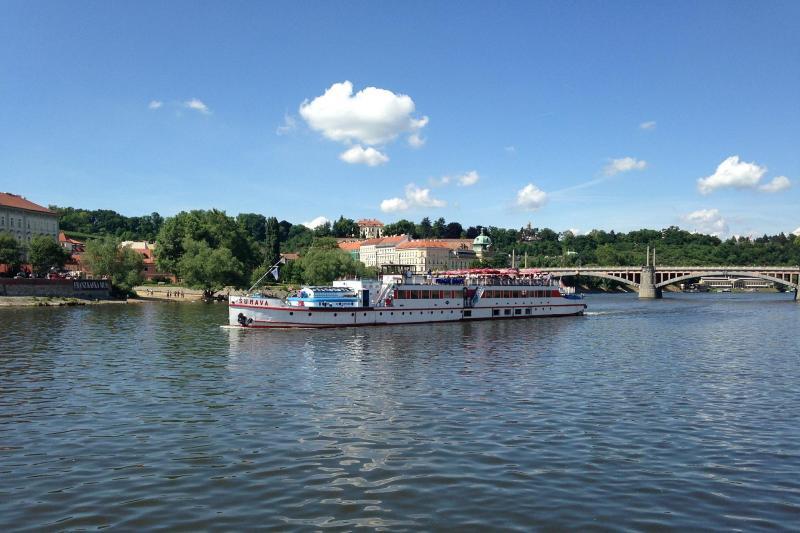 Boottocht op de Vltava met lunch en muziek