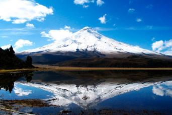 Avenue of the Volcanoes with Devil's nose train   Cuenca (3 days) - 3½*** Hotels