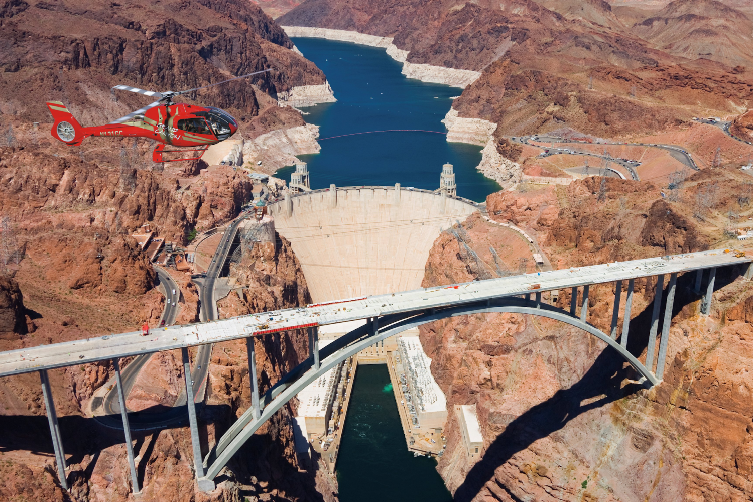 Hoover Dam Tours >> Hoover Dam Deluxe Tour With Helicopter Flight