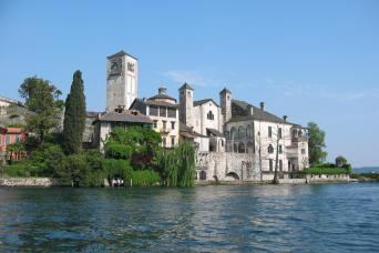 4-Day Italian North Lakes and Verona Escorted Tour from Milan