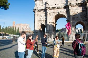 Colosseum, Roman Forum and Palatine Hill Walking Tour