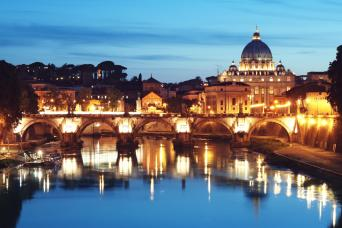 Skip the Line: Vatican Museums & Sistine Chapel by Night