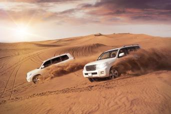 4X4 Desert Safari with BBQ Dinner from Dubai