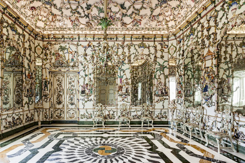 Bildergebnis für inside the royal palace of madrid