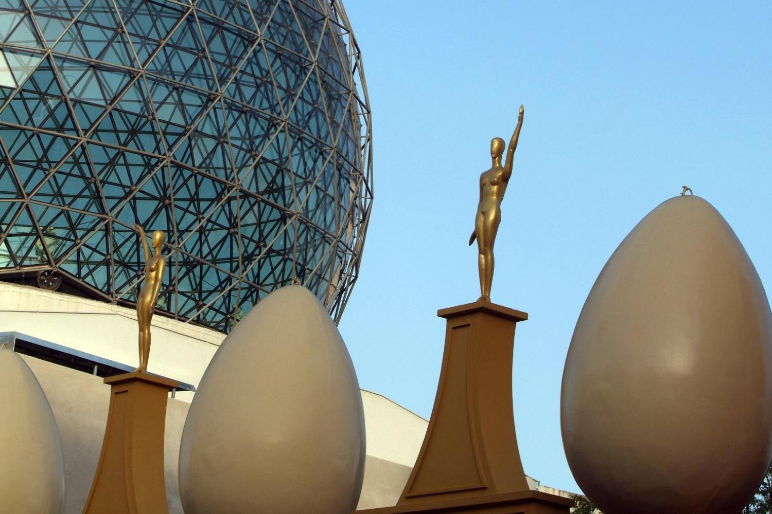 Museo Dali Figueres.Girona Figueres And Dali Museum Day Trip From Barcelona