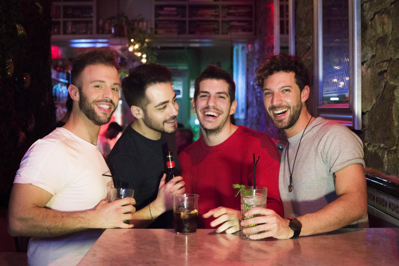 guia locales gay barcelona