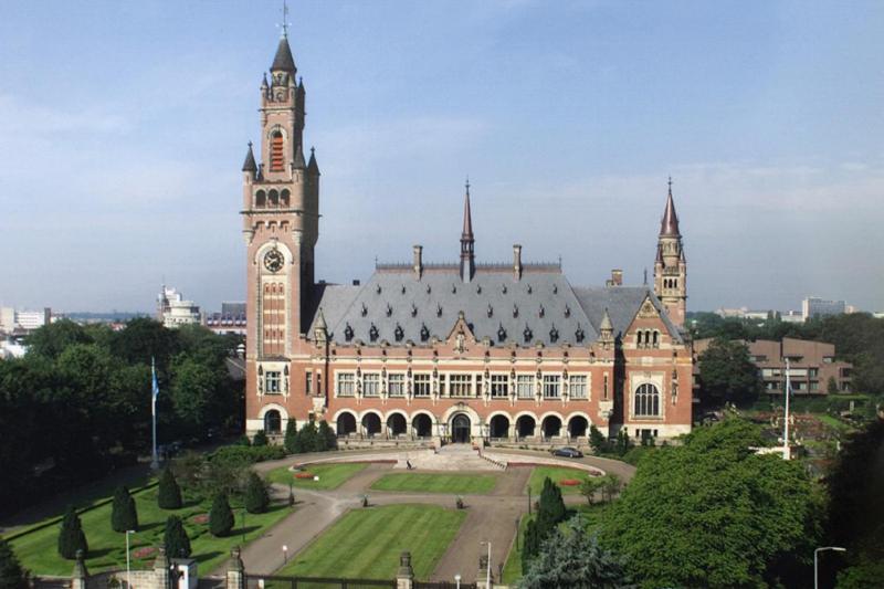 Den Haag- Peace Palace
