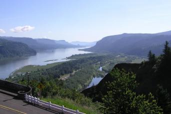 Multnomah Falls & Columbia River Gorge Tour