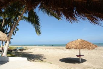 Praia de Paripueira - Tide Pools - Private English Guide
