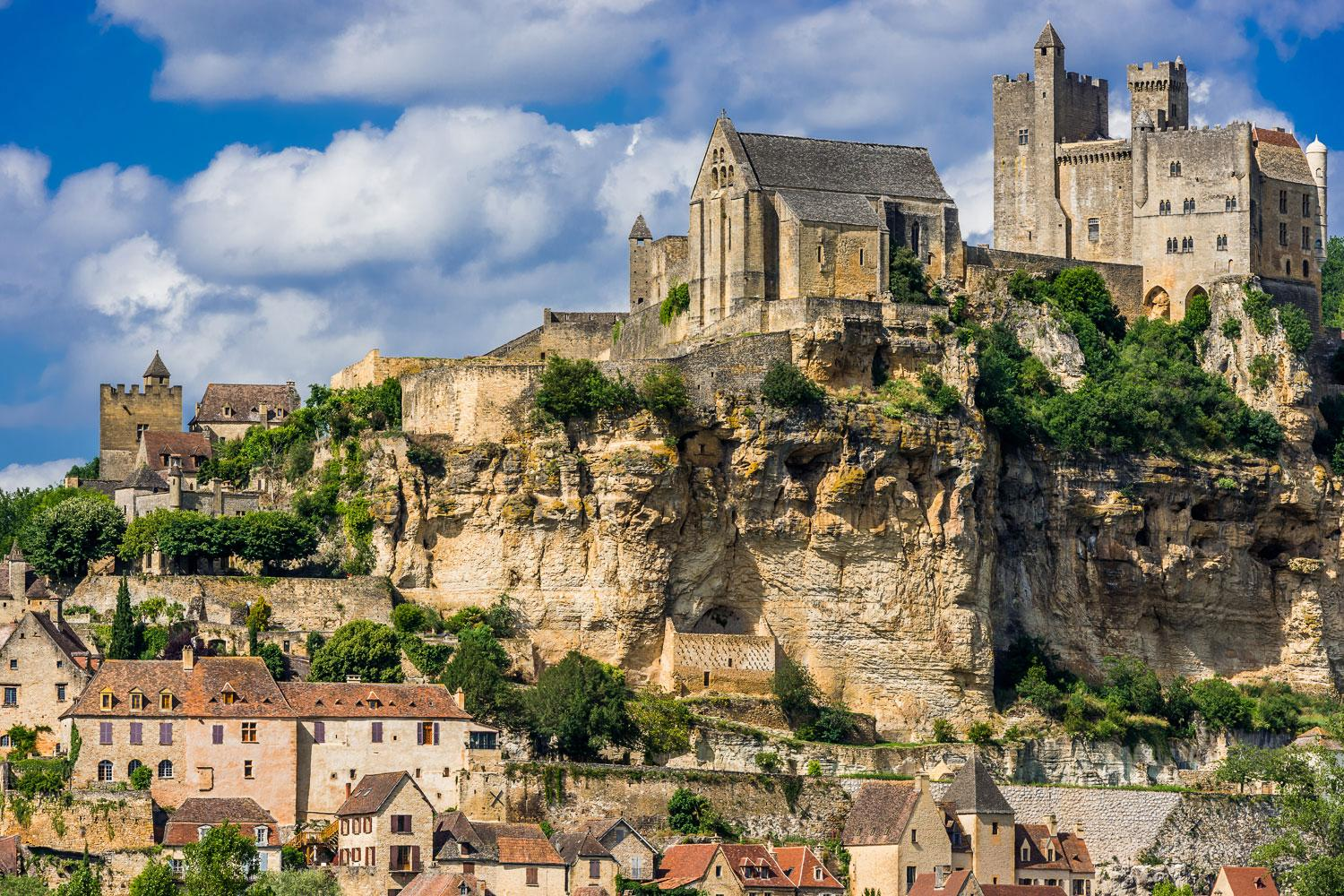 The towering stronghold of Beynac