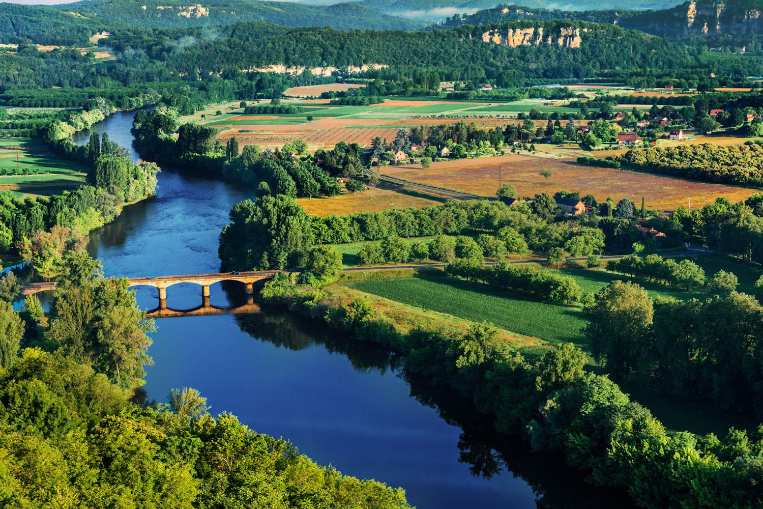 Idyllic typically French landscapes along the Dordogne River