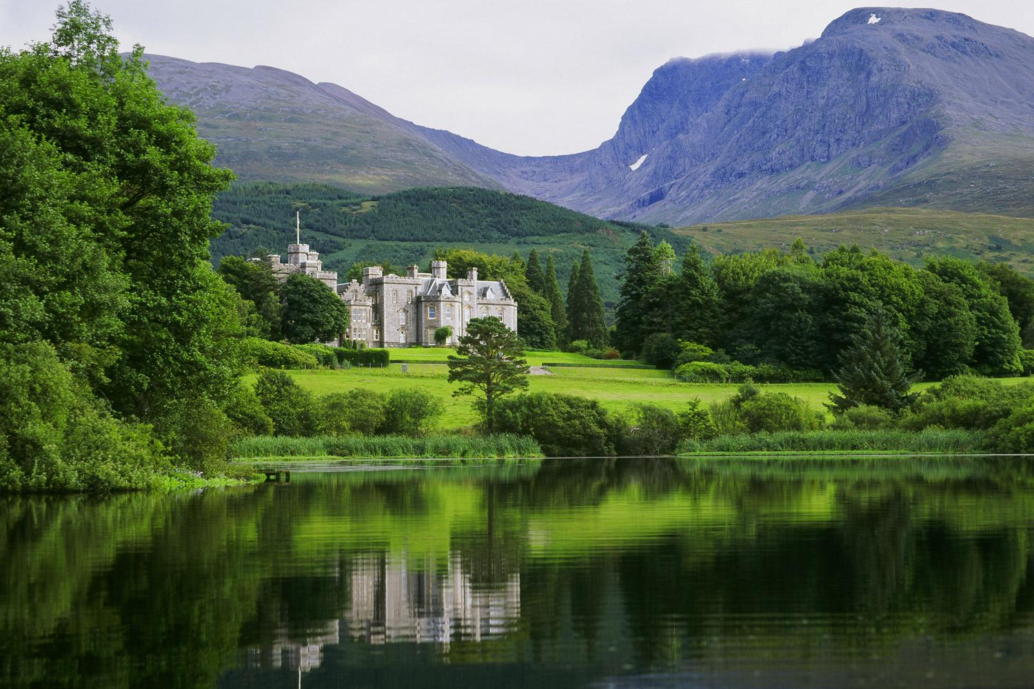 Self-guided rail & hike tour: Luxury Highlands & Isle of Skye (shown: Inverlochy Castle)