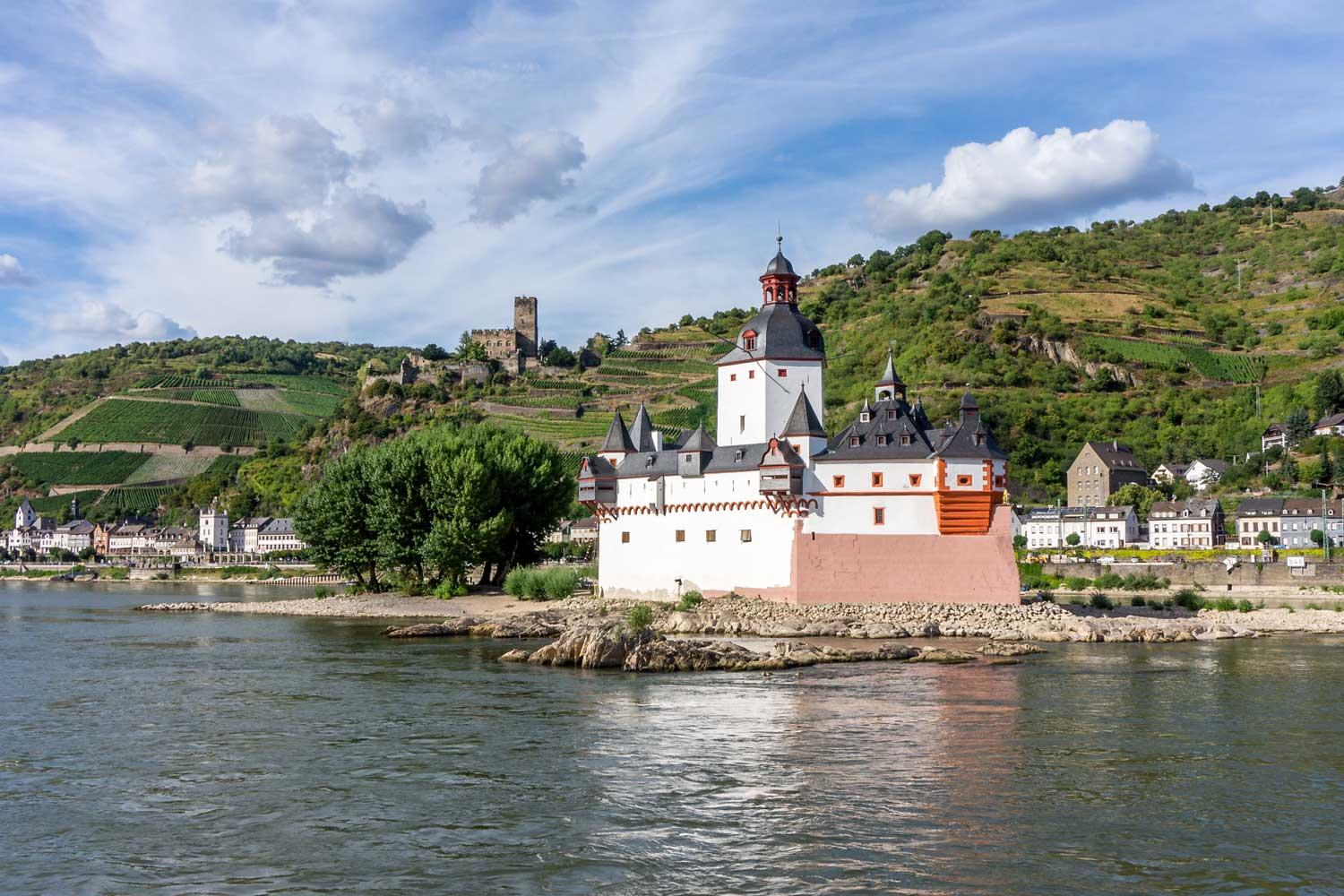 Self-guided walking vacation, Castles of the Romantic Rhine (the Rheinsteig)