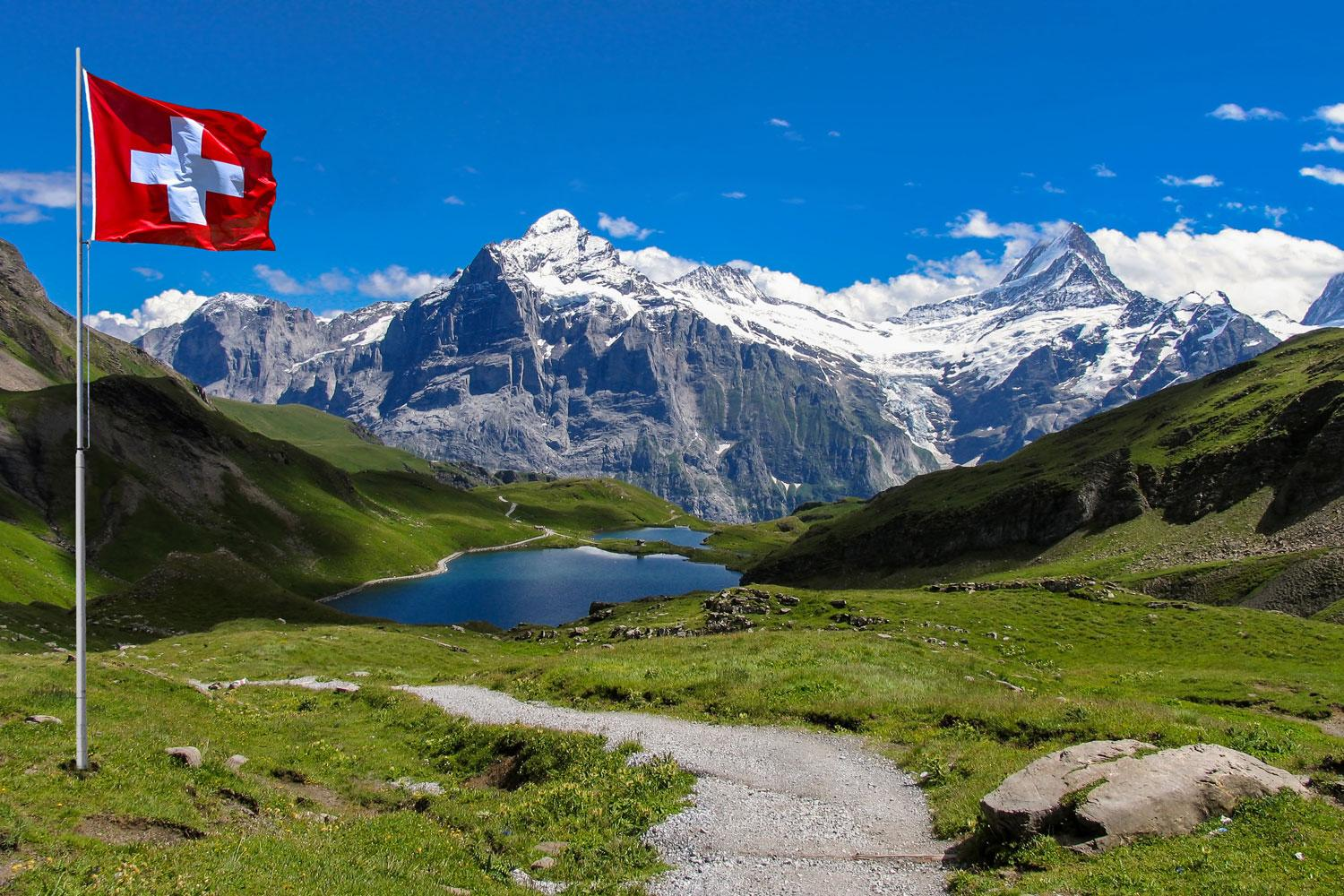 Self-guided flexible walking tour Best of the Bernese Oberland