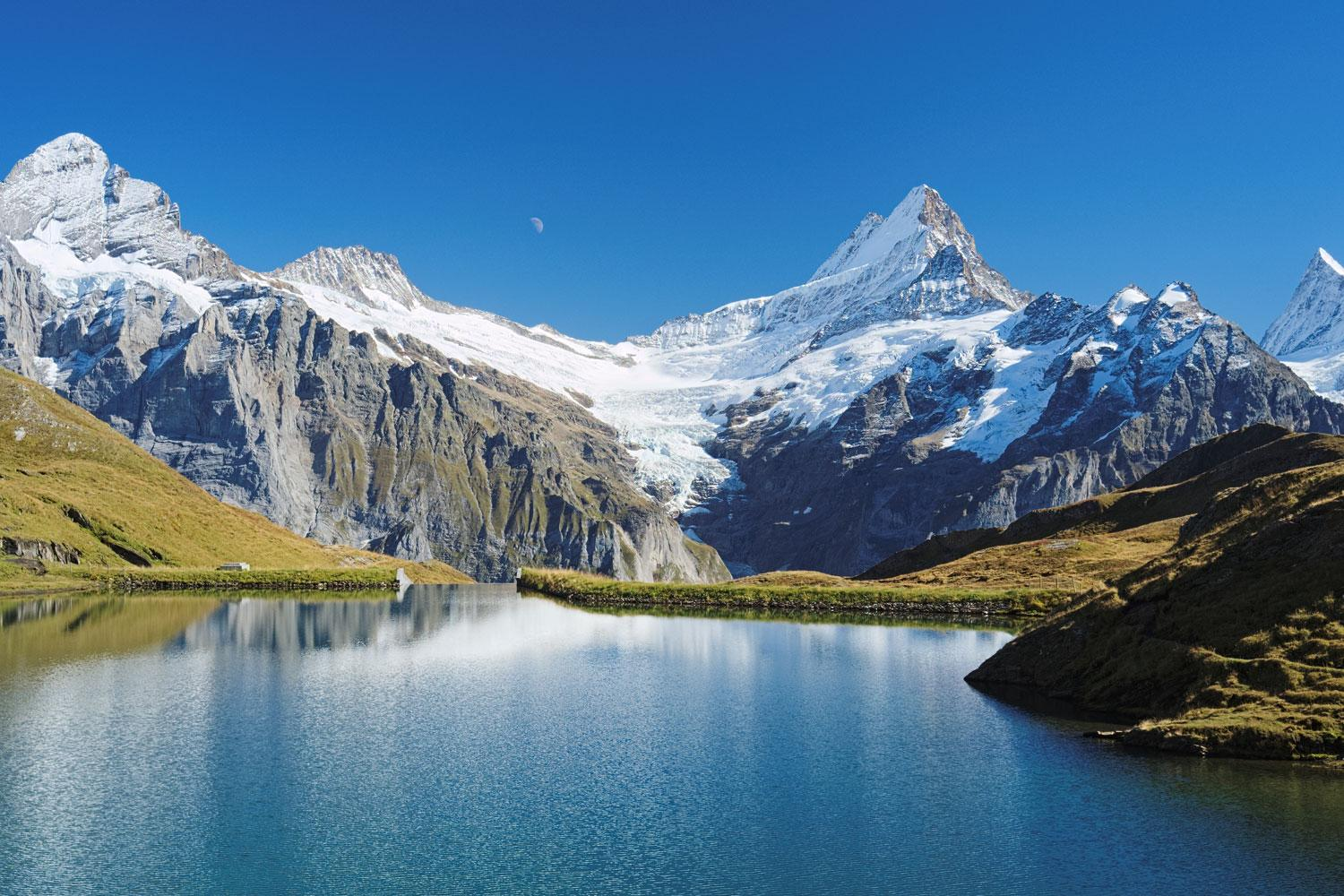 Self-guided flexible walking tour Best of the Bernese Oberland In Style