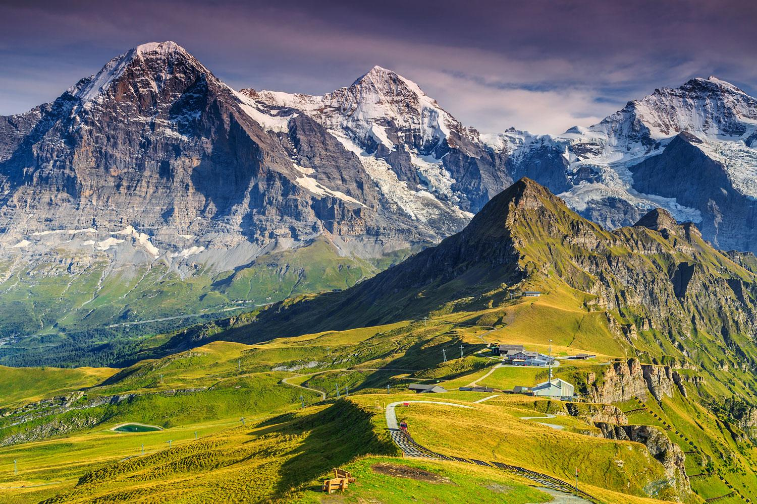 Self-guided walking tour - Highlights of the Bernese Oberland In Style