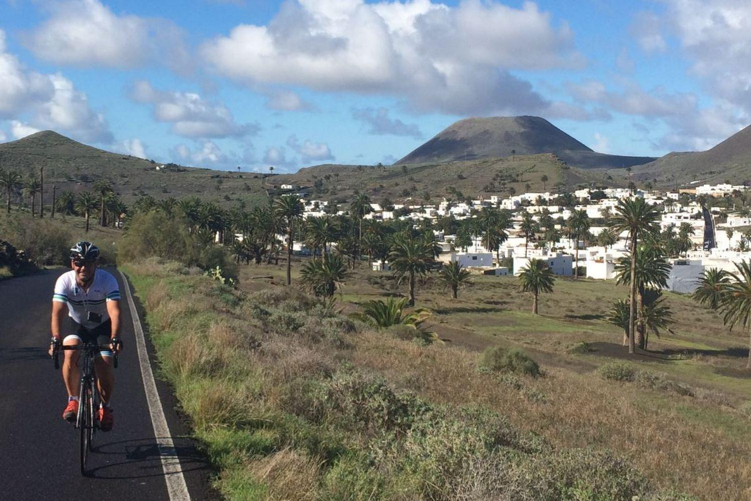 Sunshine road cycling in Lanzarote