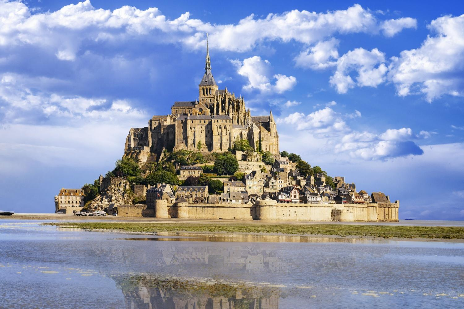 The UNESCO island comunity of Mont St Michel