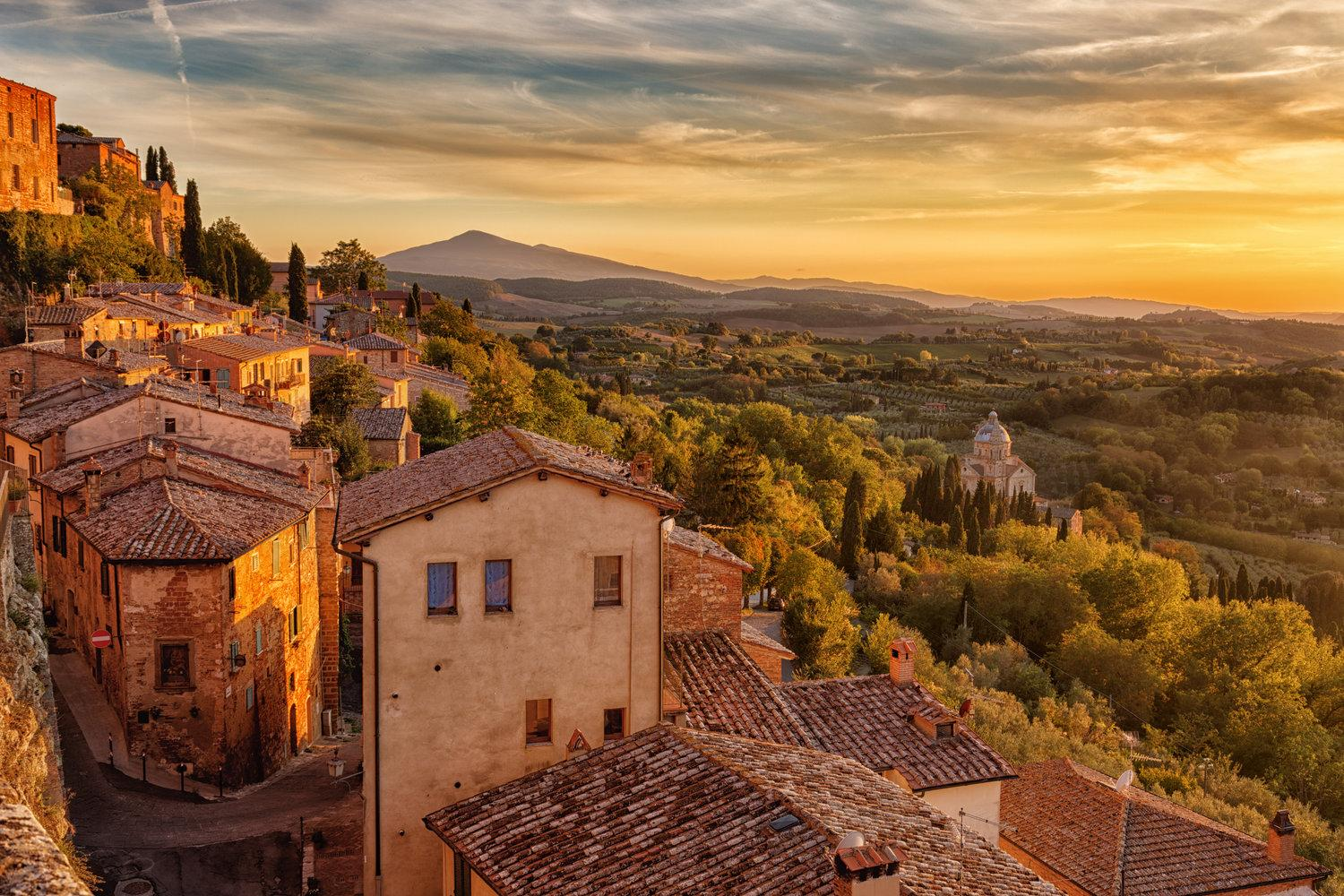Discover the best hilltop towns of Montepulciano, Pienza, Montalcino and Buonconvento