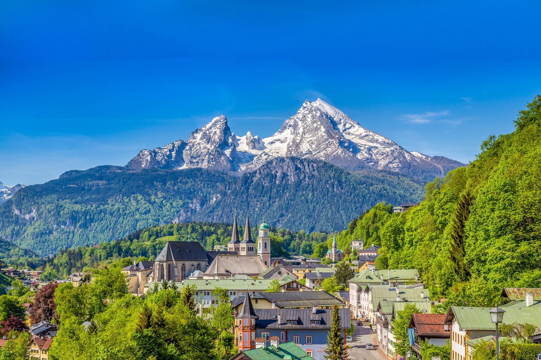 Berchtesgaden and views of the Watzmann