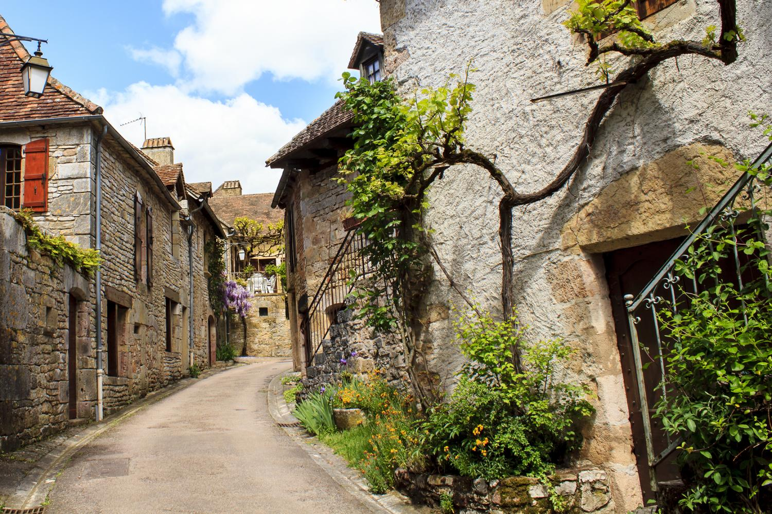 Hiking Tour in the Dordogne, France