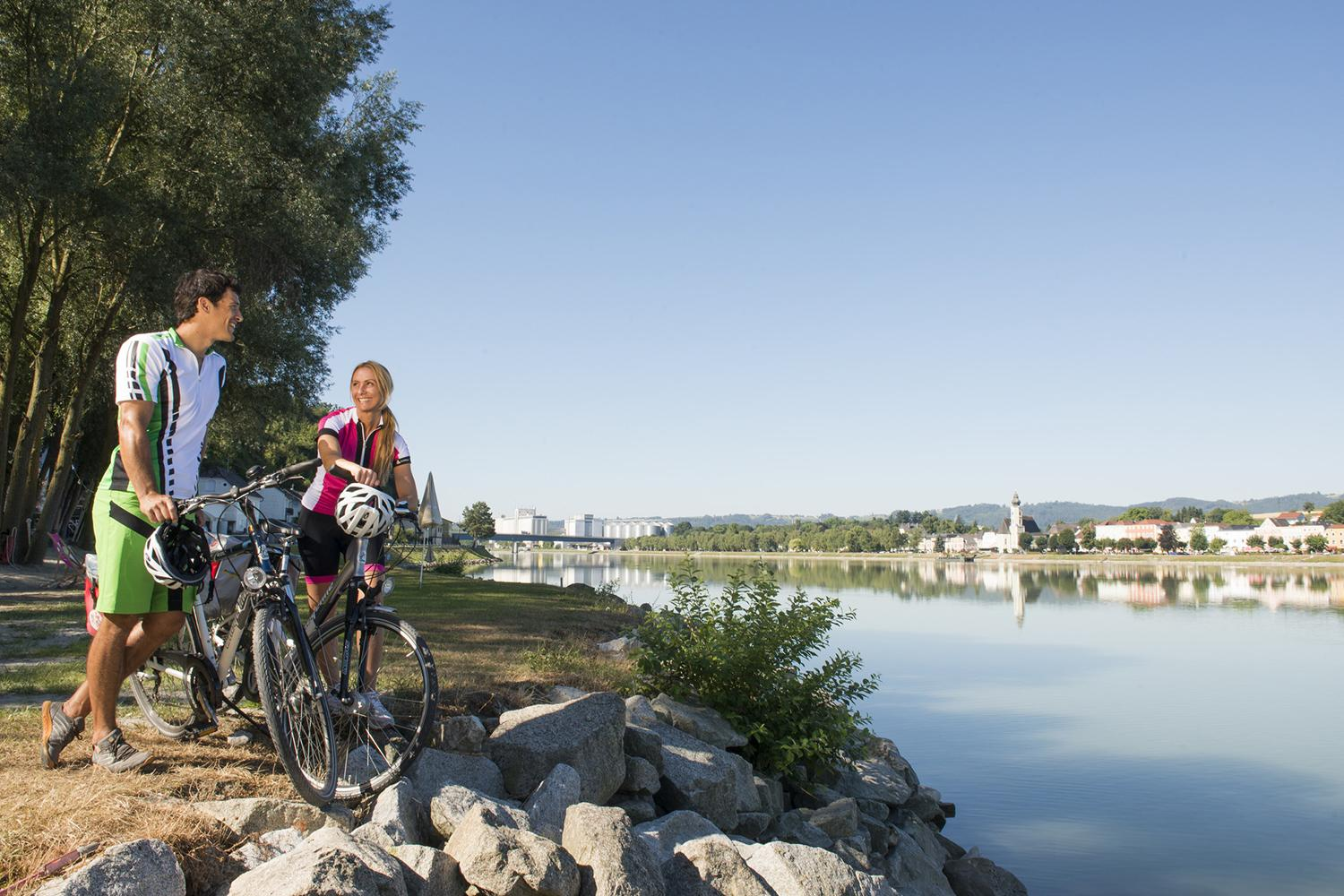 Classic Danube Cycle Path Holiday