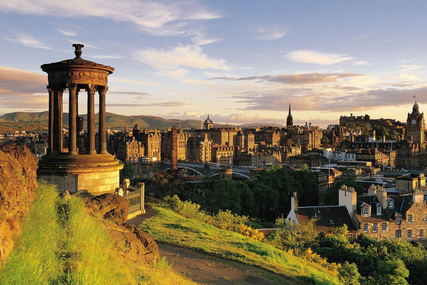 Views of Edinburgh on your independent driving and hiking tour